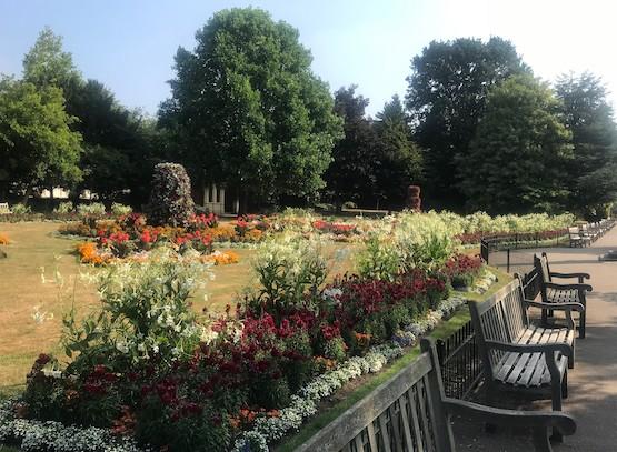 Jephson_Gardens_by_AH.jpg
